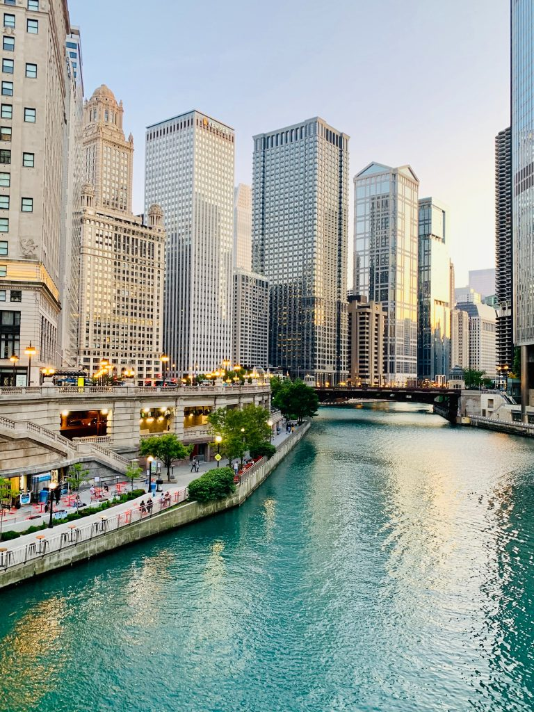Illustrative image of Chicago river and skyline